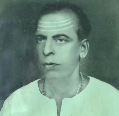 PANNAARAAICHI VITHTHAKAR  KUDANTHAI PA. SUNDARESANAR3