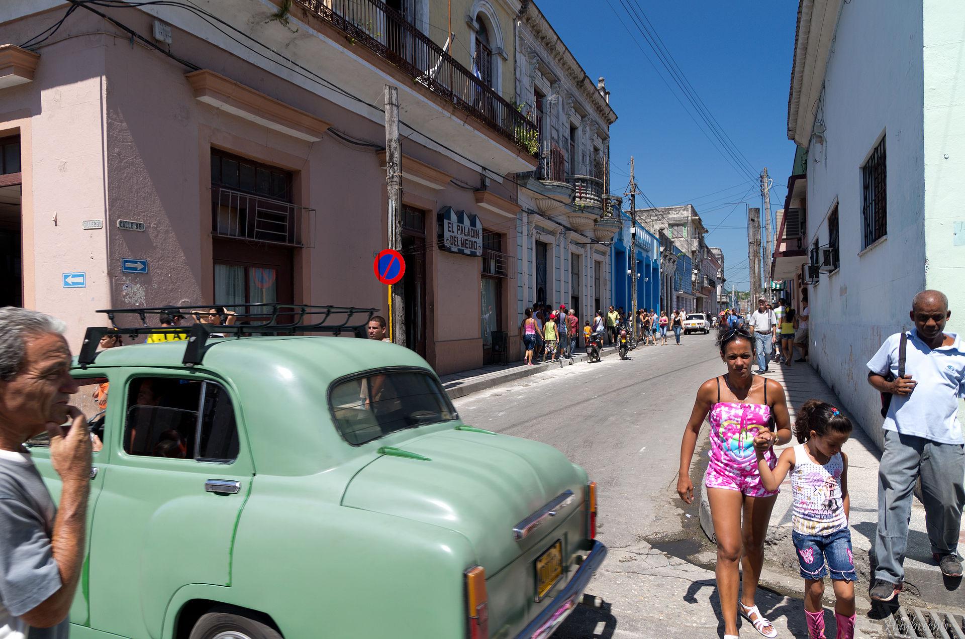 Scenes_of_Cuba_(K5_02551)_(5978552313)